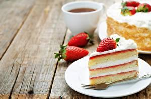 Fotos Torte Erdbeeren Stück Lebensmittel