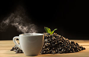 Photo Coffee Black background Cup Vapor Grain Food