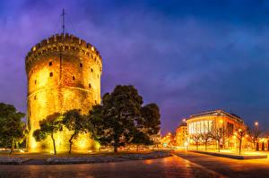 Bilder Griechenland Gebäude Abend Turm Straßenlaterne Bäume Thessaloniki Städte