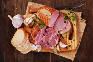 Fotos Schinken Brot Knoblauch Messer Schneidebrett Lebensmittel