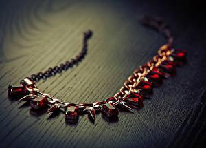 Hintergrundbilder Schmuck Halsketten Bretter