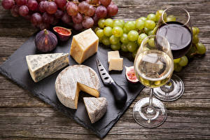 Photo Knife Wine Cheese Grapes Common fig Stemware Two Food