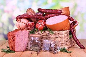 Fotos Fleischwaren Wurst Gewürze Bretter Weidenkorb Einweckglas Lebensmittel