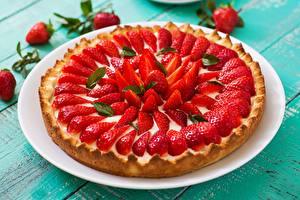 Bilder Obstkuchen Erdbeeren das Essen