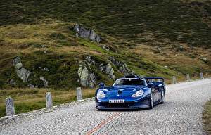 Pictures Porsche Blue Metallic At speed  automobile