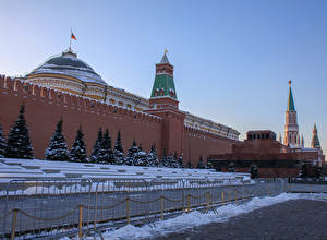 Images Russia Moscow Winter Moscow Kremlin Wall Spruce Town square Fence Red square Kremlin Cities