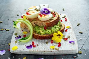 Bilder Sandwich Brot Ackerveilchen Schneidebrett Ei