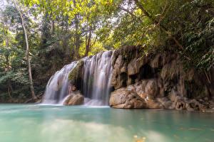 Bilder Thailand Tropen Wasserfall Felsen Ast Erawan Falls Kanchanaburi Natur