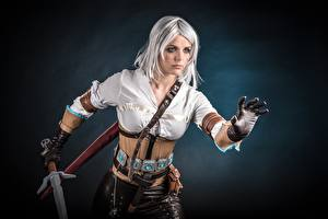 Bilder The Witcher 3: Wild Hunt Krieger Cosplay Ciri or the Lion Cub of Cintra, Cirilla Fiona Elen Riannon Spiele Mädchens