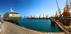 Fotos Ukraine Odessa Bootssteg Schiffe Kreuzfahrtschiff Bucht Städte