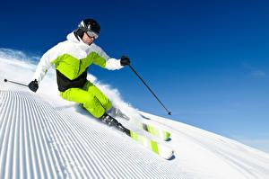 Fotos Winter Skisport Mann Schnee Brille Helm Uniform Trainieren Sport