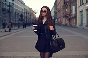 Wallpapers Handbag Drinks Brown haired Eyeglasses Highball glass Girls