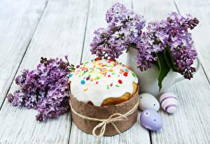 Bilder Feiertage Ostern Backware Kulitsch Syringa Bretter Ast Ei Lebensmittel Blumen