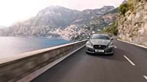 Bilder Jaguar Vorne Graue Fahrendes 2017 auto