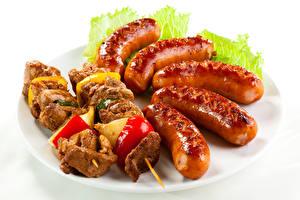 Papel de Parede Desktop Produtos de carne Shashlik Salsicha tipo vienense Hortaliça Fundo branco Alimentos