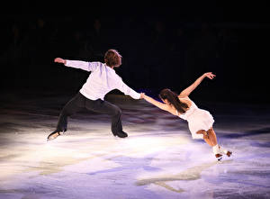 Pictures Man Ice Dancing Two Human back Ice rink athletic Girls