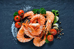 Picture Seafoods Caridea Tomatoes Gray background Salt Food