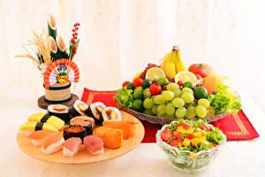 Pictures Seafoods Sushi Fruit Salads Vegetables Grapes Food