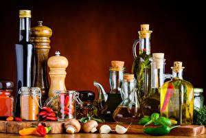 Hintergrundbilder Gewürze Paprika Pilze Flaschen Einweckglas Öle