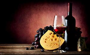 Fotos Stillleben Wein Weintraube Käse Flasche Weinglas Lebensmittel