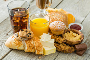 Photo Drinks Juice Bread Cheese Candy Cookies Wood planks Highball glass Food