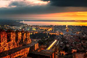 Hintergrundbilder Griechenland Gebäude Wege Abend Thessaloniki Städte