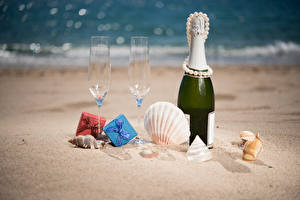 Picture Holidays Champagne Shells Jewelry Pearl Sand Bottles Stemware Gifts Food