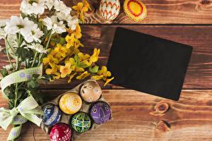 Hintergrundbilder Feiertage Ostern Chrysanthemen Bretter Vorlage Grußkarte Ast Eier Design Blumen