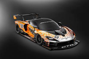 Bilder McLaren Fahrzeugtuning Grauer Hintergrund 2018 Senna GTR Concept auto