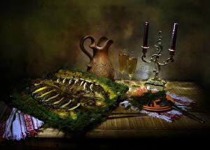 Bilder Stillleben Kerzen Fische - Lebensmittel Dill Tisch Kanne Weinglas Teller Lebensmittel