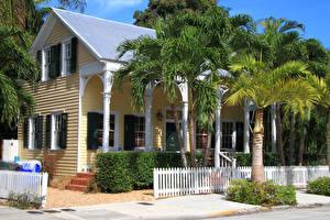 Bilder Vereinigte Staaten Gebäude Florida Zaun Palmengewächse Historic Seaport Key