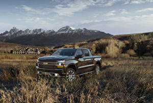 Fotos Chevrolet Metallisch Pick-up 2019 Silverado High Country Crew Cab