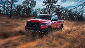 Fotos Dodge Pick-up Rot Fährt 2019 Rebel Quad Cab Ram 1500