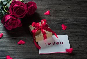 Hintergrundbilder Rosen Valentinstag Geschenke Blumen