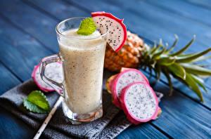 Bilder Cocktail Pitaya Bretter Trinkglas Lebensmittel