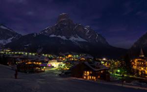 Bilder Italien Haus Gebirge Winter Schnee Nacht Badia Städte