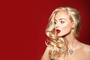 Hintergrundbilder Schmuck Halsketten Blond Mädchen Haar Rote Lippen Mädchens