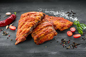 Image Meat products Spices Tomatoes Wood planks Salt Food