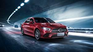 Fotos Mercedes-Benz Rot Bewegung Limousine 2019 L Sport A200 A-Class Autos