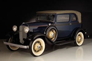 Wallpapers Retro Ford Blue Metallic 1932 V8 Convertible Sedan Cars