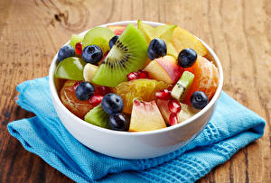Wallpapers Salads Fruit Blueberries Chinese gooseberry