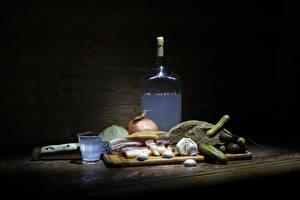 Wallpaper Still-life Cucumbers Vodka Bread Garlic Bottles Cutting board Shot glass Salo - Food Food