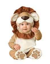 Bilder Weißer hintergrund Baby Junge Uniform Kinder