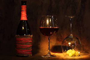 Image Wine Grapes Bottle Stemware 2