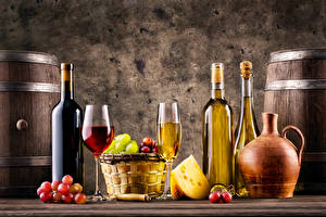 Pictures Wine Grapes Cheese Bottle Stemware Wicker basket Jug container Food