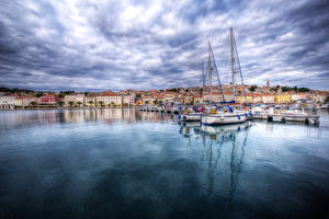 Photo Croatia Building Pier Sailing Yacht Bay Mali Losinj Cities