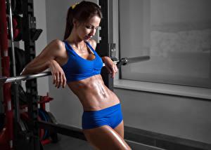Hintergrundbilder Fitness Braune Haare Bauch junge frau Sport