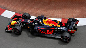 Photo Formula 1 2018 Red Bull RB14 automobile Sport