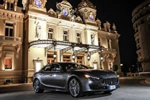 Fotos Maserati Grau Luxus 2017-18 Ghibli S GranLusso