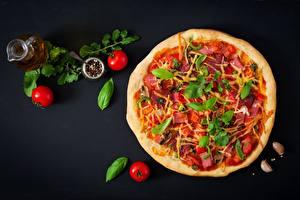 Bilder Pizza Tomate Basilienkraut Lebensmittel